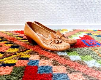 1970s heeled moccasins - size 40 Euro / 9 US