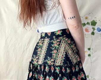 1970s black floral prairie skirt - Size M
