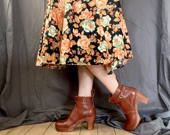 1970s floral peasant skirt - Size XS