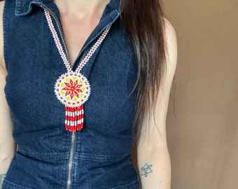 1970s beaded Native American necklace