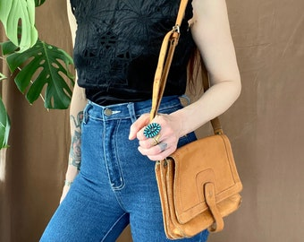 SOLD!! 1970s tan leather bag.