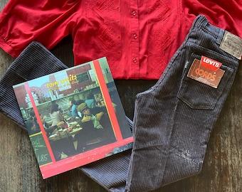 1970s High waist cords Levi's pants - Size S. W27 L36