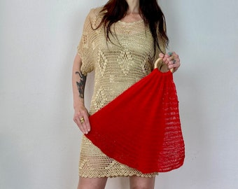 1970s red knitted shopping net.