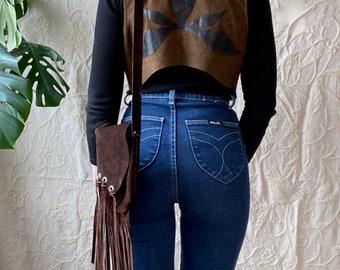 1970s fringed country western suede shoulder bag.