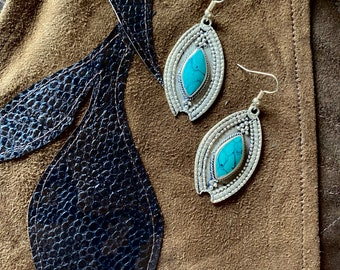 1970s Turquoise stone kuchi earrings