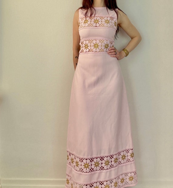 1970s pastel pink and gold lurex maxi dress - Size