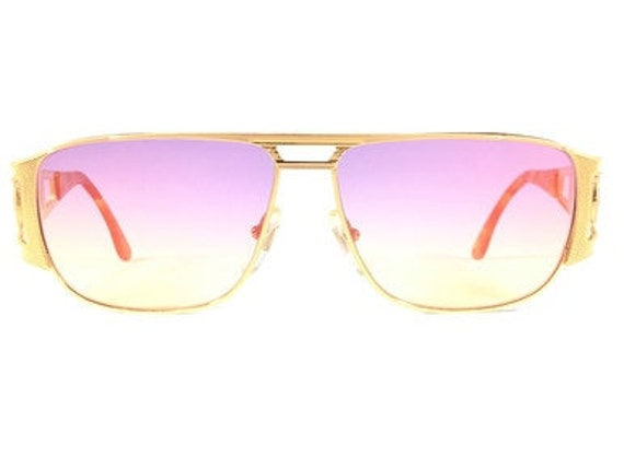 Vintage Hilton Picadilly 958 - Pink/Yellow
