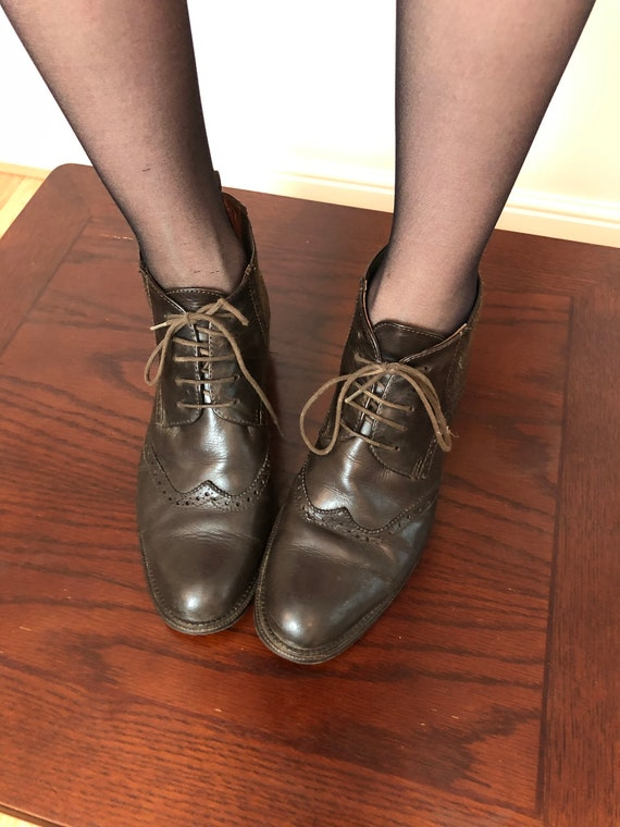 Vintage Woman Shoes, BrownItalian  Leather Lace Sh
