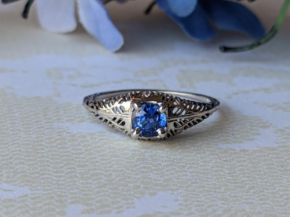 Vintage Art Deco Cornflower Blue Sapphire and Open