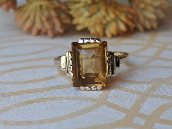 Vintage Art Deco Natural Citrine and 14k Ring, Vin