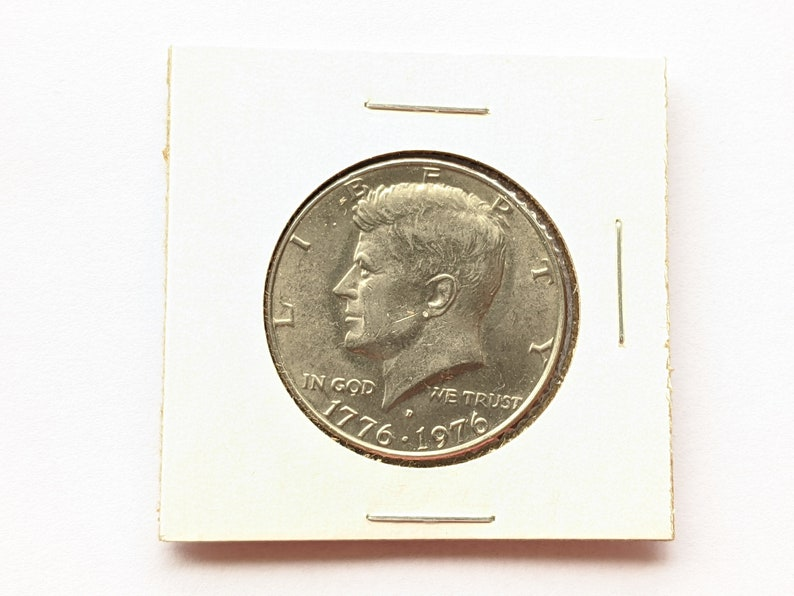 1976 D Kennedy Half Dollar USA Coin; EF Condition United States of America 50 Cent Coin; Bicentennial 1776-1976 commemorative coin