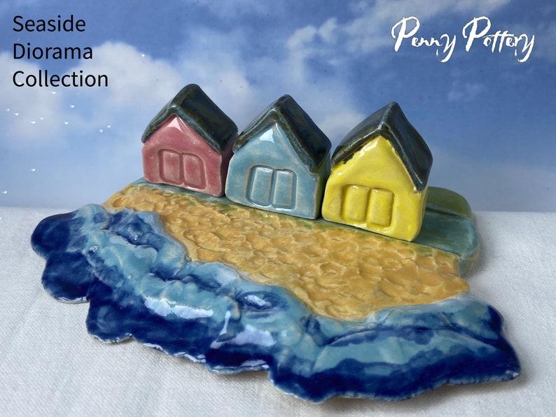 Ceramic Seaside Diorama & 3 Miniature Pottery Beach Hut Houses image 0