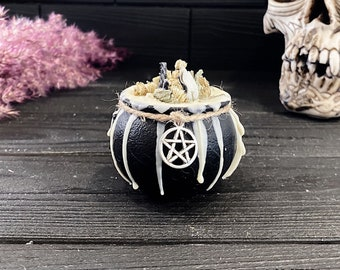 """Cauldron Beeswax Ritual Candle """"Witch's Strength"""" of the Series """"Witch's Cauldron"""""""