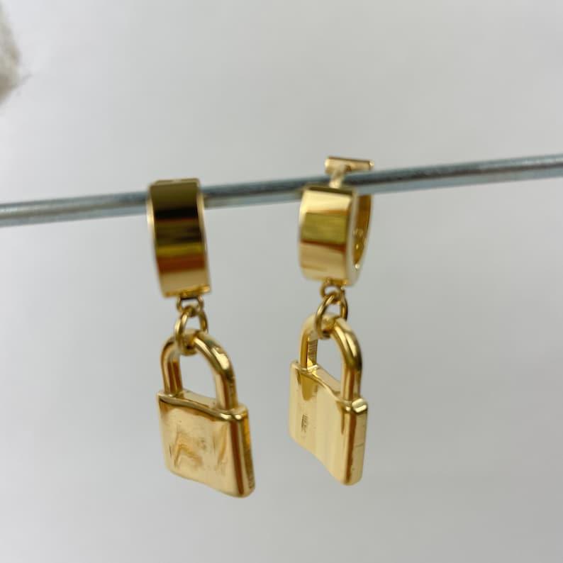 18k gold plated lock pendant huggie earring for women