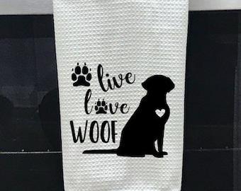 Live Woof Design Love Dog Mom Distressed Cap