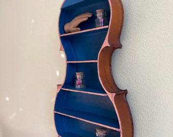 Cute and Unusual! Vintage 1950/'s Mid Century Chalkware Violin Shaped Wall Hanging Shelf