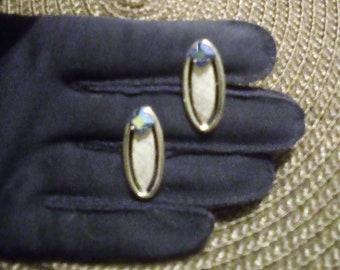 Dark Blue Rhinestone IZU Petal Cufflinks