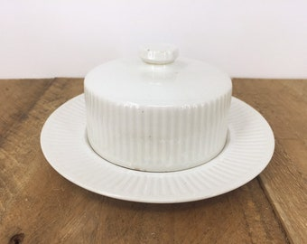 Athena - Johnson Bothers - Covered Butter Dish with Round Base