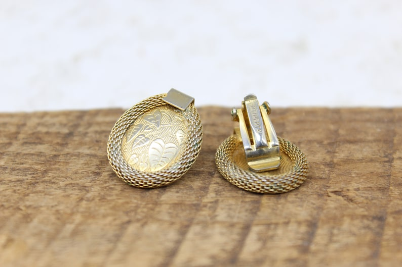 Continental Gold Tone Clip-On Ear Rings