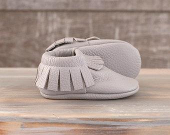 Fringe leather moccasins, Italian leather, newborn ,infant, toddler, Walker Baby Shoes, Crib baby shoes, baby boys, girls, Krabbelschuhe