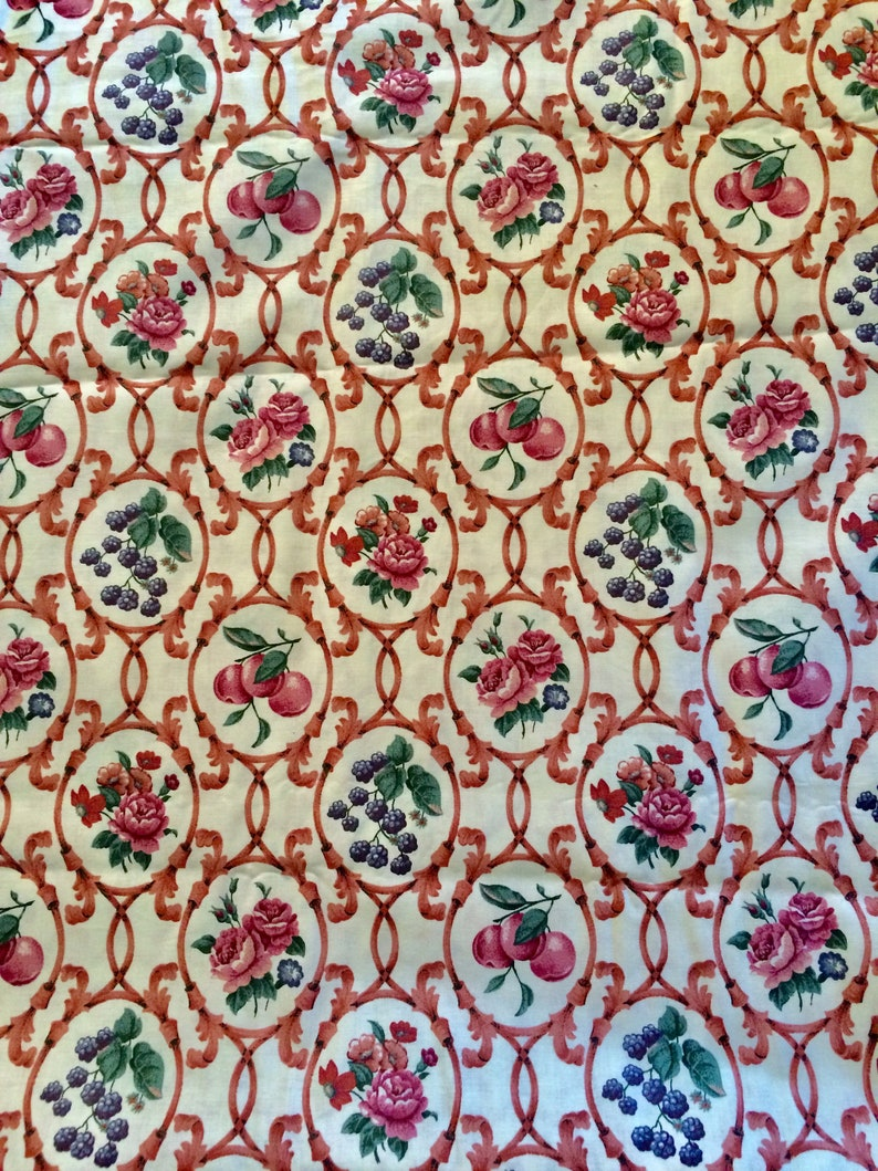 Flowers Black Berries and Peaches Cotton Fabric Springs Industries Screen Print Cotton Fabric Vintage Cotton Fabric