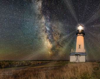 Yaquina Head Lighthouse, Newport, Oregon, USA