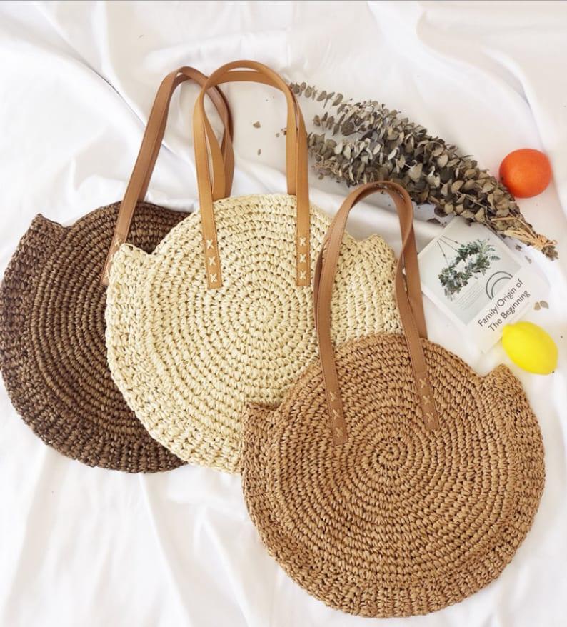 straw round shoulder bag