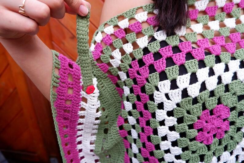 CROCHET PONCHO Granny Square Pattern