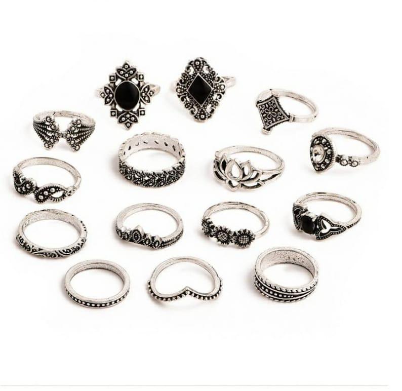 Vintage Style. 15 PCSset Bohemian Retro Crystal Flower Leaves Hollow Lotus Gem Ring Set Women Wedding Jewelry Gifts Boho Stackable Rings