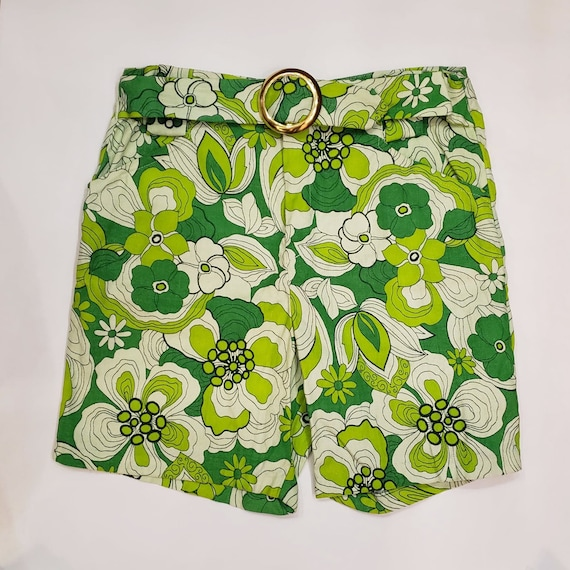 Vintage 1960s Groovy Green Floral Shorts