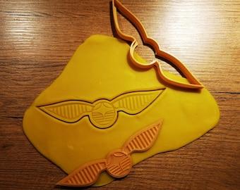 Golden Schnatz cookie cutter Harry Potter