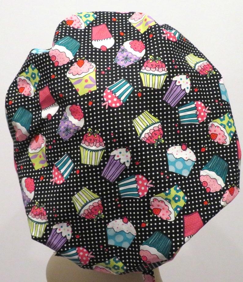 Washable scrub hats Bouffant scrub hats CUPCAKES fabric scrub hats OR nurse scrub hats Nurse scrub hats ER nurse scrub hat fabric hat