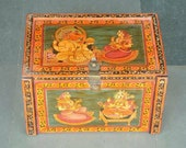 Vintage Trunk Box, Old box, Indian Wedding trunk Trunk box from 1940s wooden trunk Hand painted trunk Indian furniture Sandook box