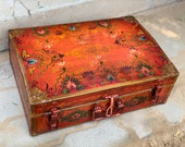 Vintage Trunk Box, Old box, Indian Wedding trunk Trunk box from 1940s Iron trunk Hand painted trunk Indian furniture Sandook box