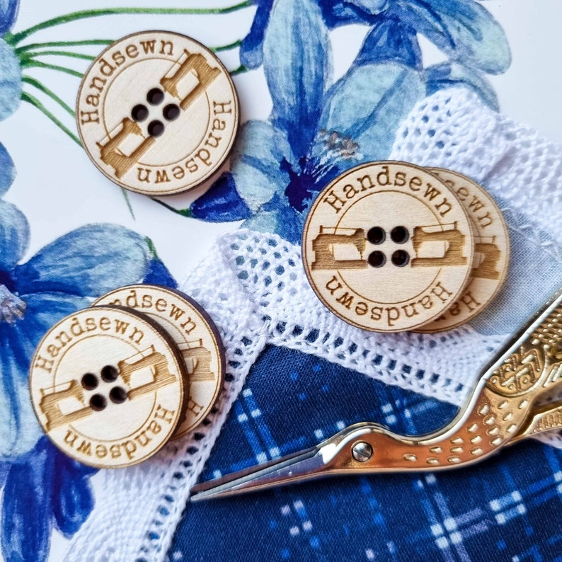 seamstress sewer wooden buttons with engraving and sewing machines for handmade sewing items Handsewn made with love for tailor
