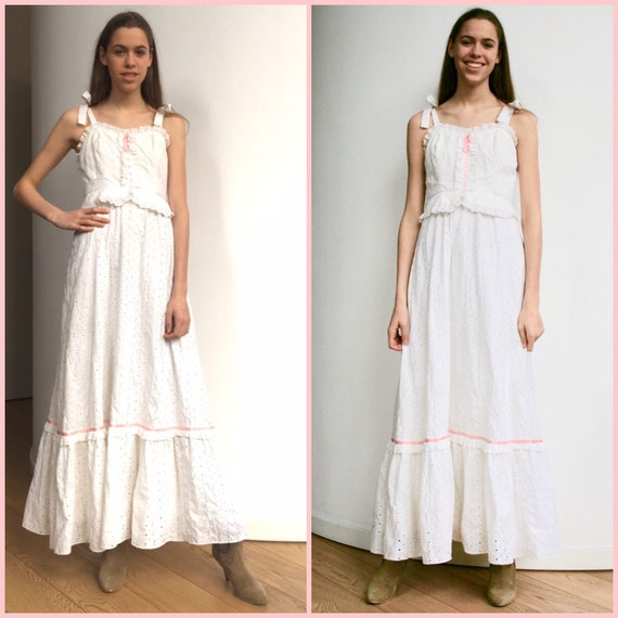 Adorable 1970s broderie anglaise prairie dress