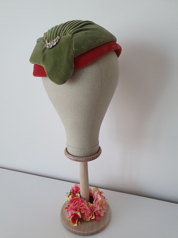Vintage ca 1940s 1950s deadstock green and red ve… - image 1