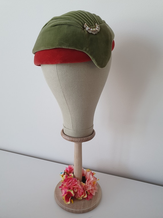 Vintage ca 1940s 1950s deadstock green and red ve… - image 3