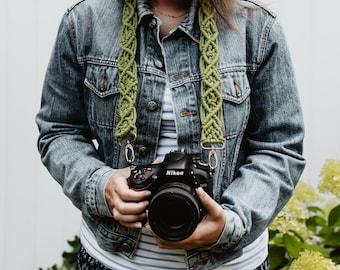 MACRAME CAMERA STRAP / green / boho / photography strap for creatives / gift for photographer / macrame bag belt