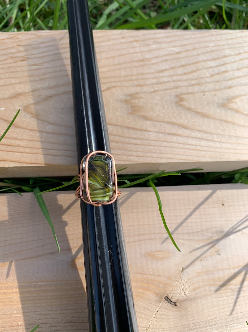 Women\u2019s handmade wire wrapped ring with beautiful green silver and clear stone size 6