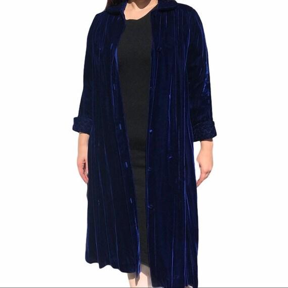 Vintage Styled by Dorian Velvet Evening Coat