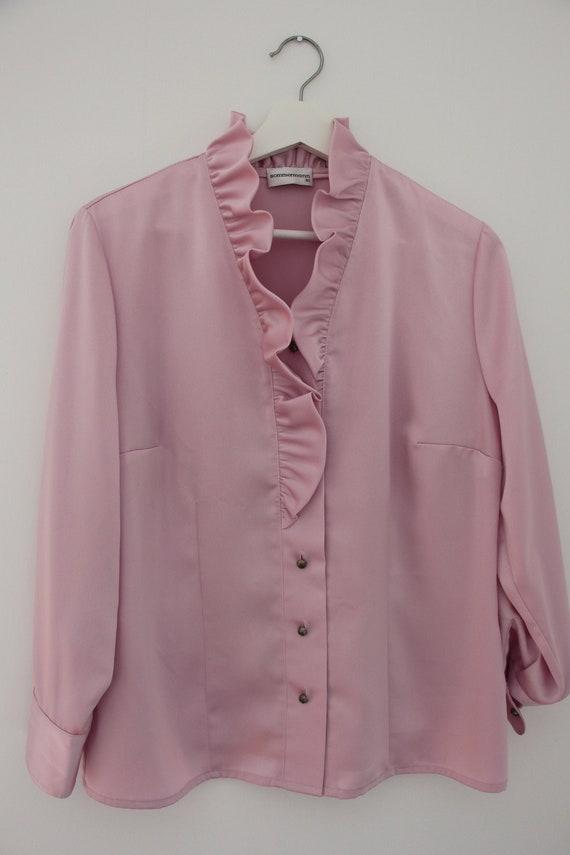 Vintage lilac ruffled blouse - image 4