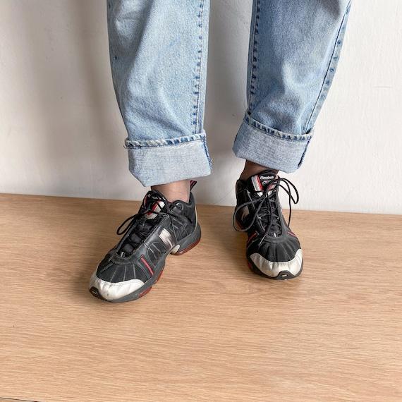 Reebok vintage black sneakers