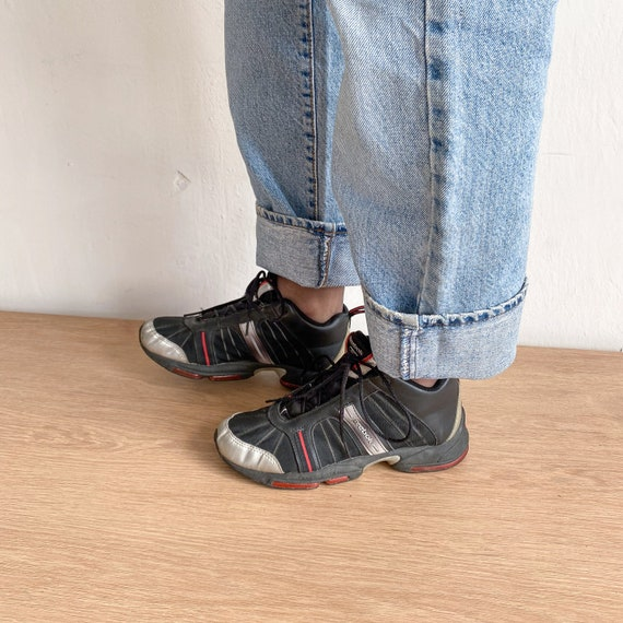 Reebok vintage black sneakers - image 4