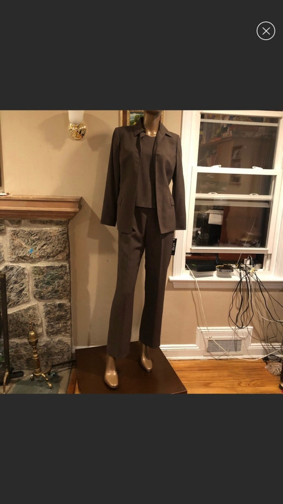 Women's 3pc pant suit