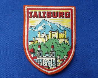 BALI PATCH EMBROIDERED BALI TRAVEL SOUVENIR IRON ON OR SEW ON PATCH AP 445