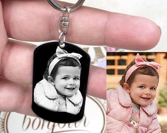 Customizable MEDAL: Medium rectangle engraved with photo or text with key ring with a black gift box