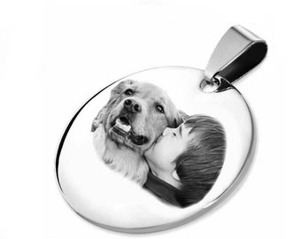 Customizable MEDAL: Round rhodium engraved with photo or text / initials with a black gift box