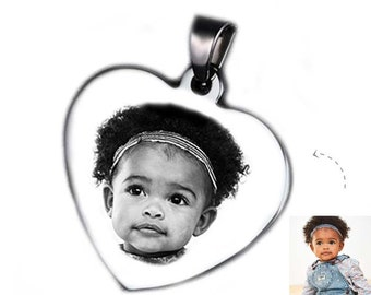 Customizable HEART MEDAL with bail: Heart engraved with photo or text / initials with a black gift box