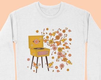 70s sweatshirt - Boho Sweatshirt - 70s shirt - 70s Tshirt- Vintage Sweatshirt- Vintage Jumper-  Butterfly - 70s Clothing- Vintage 70s-White